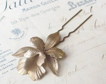 Iris hair comb bridal hair fork brass flower pick floral elegant vintage style wedding hair accessory art nouveau 1920's antique