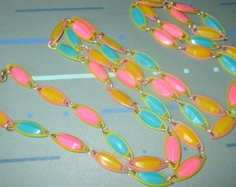 Vintage MOD 60s Plastic Pastel Pink Yellow and Blue Segment Bead Necklace