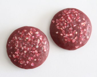 Vintage magenta confetti round cabochons . 30-31mm (2)