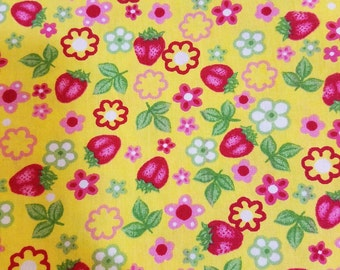 """New fabric, quilt, quilting, sewing, unwashed, spring flowers, strawberry, strawberries, 60"""""""