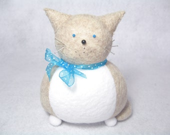 Cat pincushion, Speckled cream and white cat, Animal pincushion, Cute felt pincushion, Animal sculpture, Sewing gift, Cat lover gift, MTO