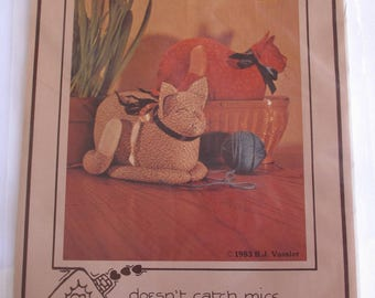 Calico Kitty Cat Doll Door Stop 1983 Uncut Sewing Pattern Free US Shipping Little Brown House Patterns
