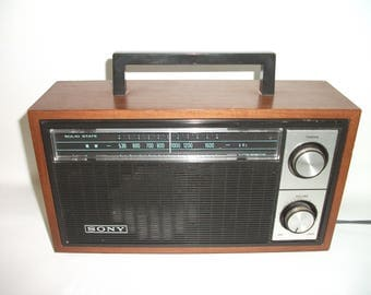 Vintage Solid State Sony Electric Radio Wood Cabinet