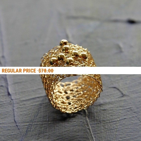 Holiday Sale - CROSS band ring - cross Jewelry for her - Wire crochet ring - Beaded Ring in GOLD