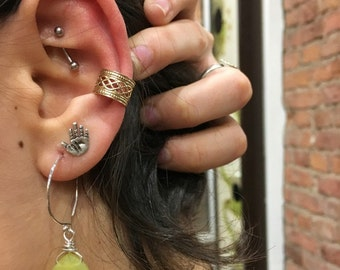 Gold Ear Cuff, Fake Piercing, Faux Piercing, Fake Conch Piercing, Fake Piercings, goldfilled Lace Ear Cuff, Conch Cuff, ear wrap - EC8065