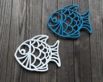 2 Vintage Cast Iron Trivets Fish Trivets Beach Cottage Decor Fish Plaques Cast Iron Plant Stand Wall Hanging Rustic Garden Decor Porch Decor