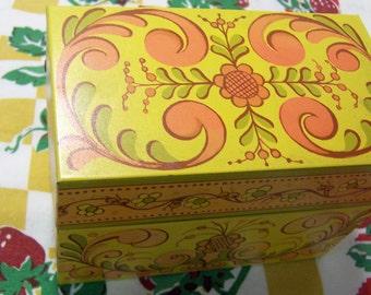 charm galore avon recipe box