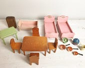 16pc Set of Vintage Dollhouse Furniture- Table, Chairs, Beds, Accessories