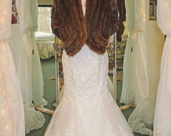 Vintage  Dark Mahogany Fur Bridal Wrap-capelet-Pockets-Luxurious-elegant-Pristine