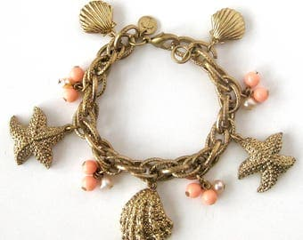 "Vintage Sea Life Charm Bracelet / Ocean Themed Charms Starfish Shells and Pearls / Beach Theme / Mermaid Jewelry / Signed ""T"""