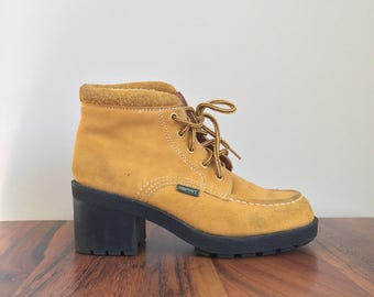 Vintage ESPRIT Ankle Boots • 1990s Women Shoes • Size 7 Modern Block Heel Booties Casual Nubuck Suede Mustard Yellow Leather Lace Up 90s
