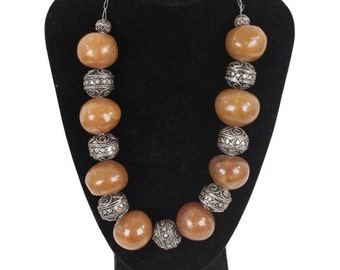 VINTAGE Amber look Beads and Silver Metal ETHNIC Chuncky NECKLACE