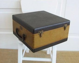 Vintage Small Suitcase, Vintage Slide Case, Photography Slides, Brown Tan Suitcase, Divided Case, Train Case, Vintage Divided Box, Baja Case