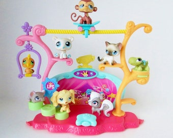 Eight Littlest Pet Shop LPS figures, bobblin' heads, Tricks Talent Show Playset, craft party supply favors, cupcake toppers, Monkey Turtle