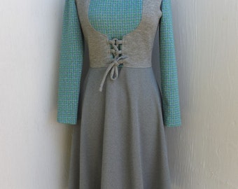 Vintage 1970s Te Jo of California, Jumper Style Dress, Knit Dress, Career or School Day Dress, Gray and Green Lace Up Front Dress