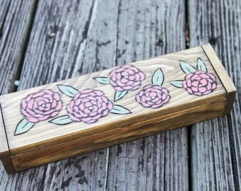 Wood burned box - Flowers - wooden box - rustic wooden box - trinket box
