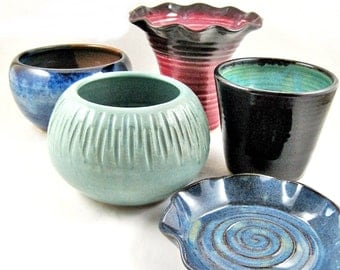 Sale, 20 dollar and less, pottery sale, small bowl, vase, cup, Christmas gift, stocking stuffer - In stock