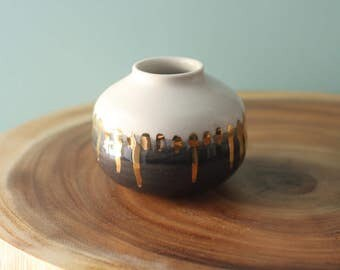 grey white and gold porcelain Bud vase