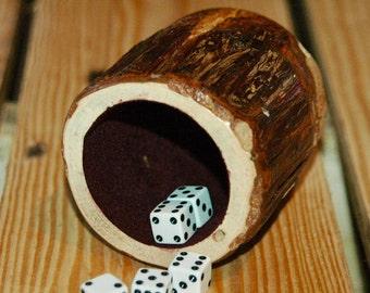 Wood dice cup - Cedar