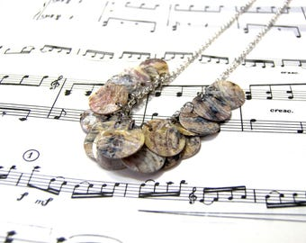 Raw Shell Bib Necklace Rustic Beach Jewelry for Women Gifts for Women