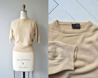 Eggshell Cashmere sweater | vintage 1950s sweater | short sleeve 50s sweater