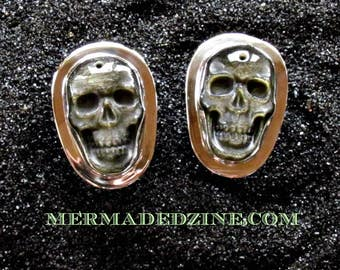 Green Sheen Obsidian Skull Cufflinks