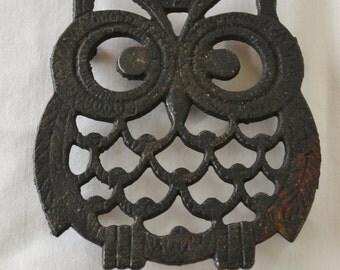 Vintage Owl Trivet Cast Iron Black Adorable Kitchen Decor
