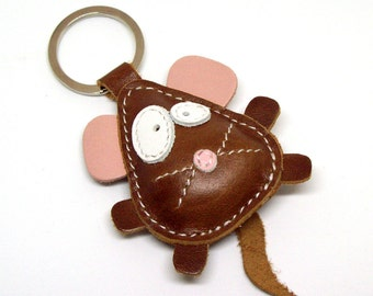 Michael The Cute Little Brown Mouse Leather Animal Keyring - FREE Shipping Worldwide - Handmade Leather Bear Bag Charm - Mouse Gift Ideas