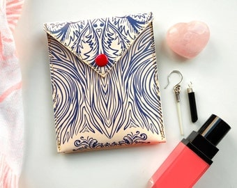 Valentines Gift: Personalized leather Pouch for headphones, coins and treasures - Paramour