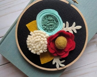 """5"""" Floral Hoop Wall Decor 