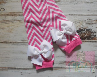 SALE - LAST PAIR - Pink and White Chevron Leg Warmers with White Bows for Baby Toddler Girl - Baby Girl Leg Warmers - Baby Show Gift