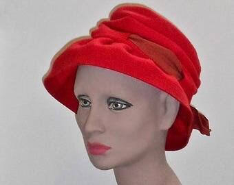 1950s Red Wool Felt Slouchy Cloche Hat