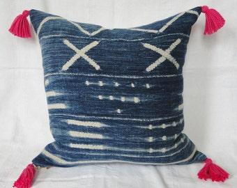 "18""  INDIGO African MUD CLOTH Batik Pillow Cover with Hot Pink Tassels, mud cloth, tribal, boho"