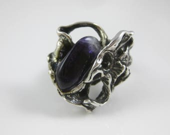 Size 7 1/4 Vintage Abstract Sterling Silver Large Purple Stone Ring