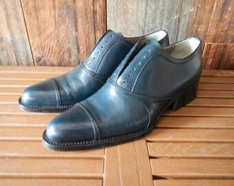 PRADA Leather Oxford Heel / Navy / size 37 1/2
