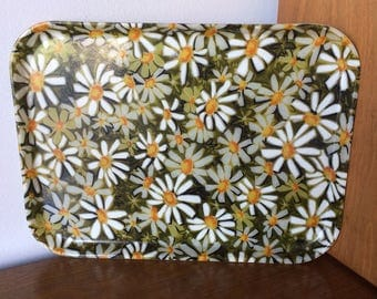 Vintage Fiberglass Daisy Serving Tray Mod 60's Retro 70's for Home Décor, Picnic, Party, Food and Drink