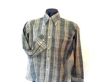 Sale Mens Shirt / 70s Button Down Shirt / Deadstock Green Plaid / Crown Colony / Sz M - L 44 Chest