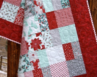 Quilt Christmas Holiday Winterberry Lap Throw Baby Crib Nursery Bedding Red Wintergreen Gray Scrappy Patchwork Peace on Earth