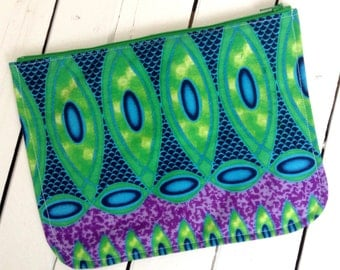 African make up bag. Make up bag African print. Make-up African print. Zippered pouch, pencil case. Purse, cosmetic purse. Wax print