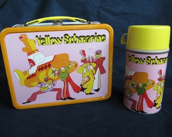Original Beatles Yellow Submarine Lunchbox 1968 Lunch Box with complete Thermos