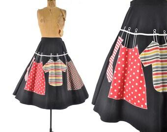vintage 50s novelty skirt / Laundry Day applique circle skirt / 1950s skirt .. 29 waist