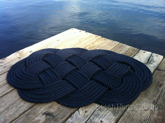 Nautical bathmat handmade rug navy blue rug woven rope for Rope bath mat