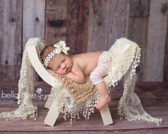 Hand Knit Blanket Wool Textured Layer Photo Prop Mat Newborn Baby Basket Stuffer Infant Photography Organic Neutral Box Filler Shower Gift