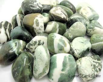 Green Sardonyx Tumbled Stone, XL, (one) Rock Hound, Crystal Healing, Minerals, Stones, Feng Shui, Metaphysical, New Age