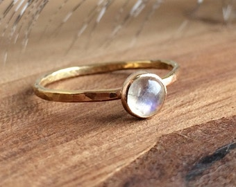 Rainbow Moonstone Ring - Gold - Moonstone Gemstone - Stackable Rings - Gemstone Rings for women -Dainty Ring