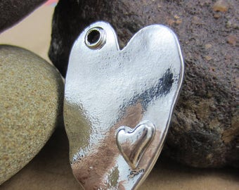 4 Rustic silver heart in Heart pendants jewelry charms necklace focals 38mm x 24mm x3mm  (DD4),