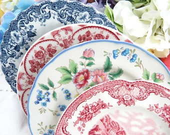 """Set of 4 Vintage Mismatched 6-1/2"""" Dessert Cake Bread Colorful Ironstone China Plates, Mix & Match for Weddings, Parties, Everyday Use BB55"""