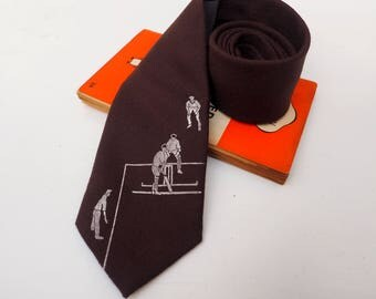 Cricket Neck Tie, Cricket Gift, Cricket, Gift for Dads, Sport, Wedding Tie, Sport Gift, Gift for Men, Gift for Grandfather, husband, brother