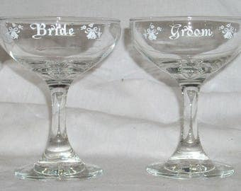 Vintage Bride and Groom Wedding Toasting Champagne Glasses w/ Wedding Bells