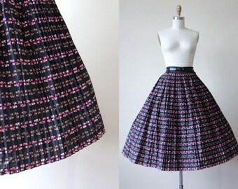 50s Skirt - Vintage 1950s Skirt - Black Pink Brown Roller Skate Novelty Print Cotton Full Skirt S - Roller Derby Skirt